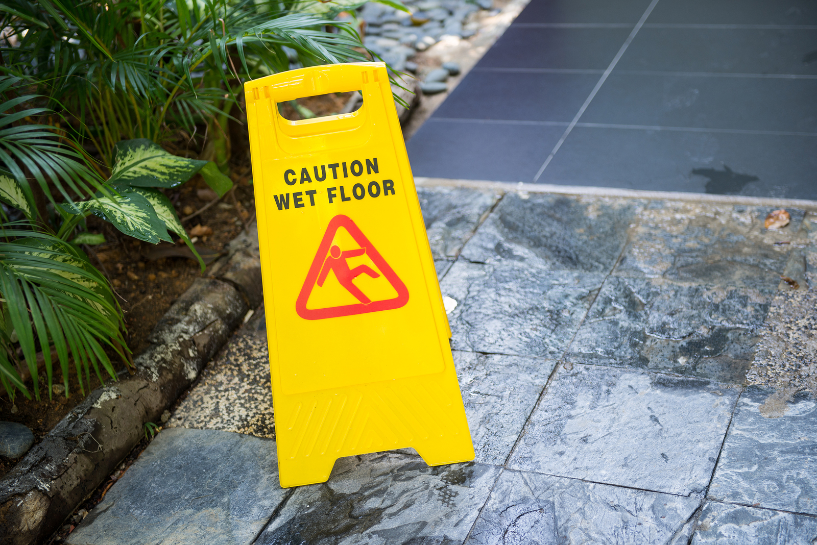 What's The Best Way To Handle A Slip-And-Fall Accident in Charleston, WV?